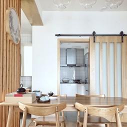 中式三居餐厅吊灯设计