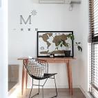 135㎡现代简约卧室书桌设计