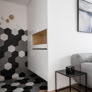 储物柜+楼梯,北欧原木风这么设计超实用_3537860