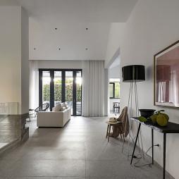 现代别墅玄关实景图片
