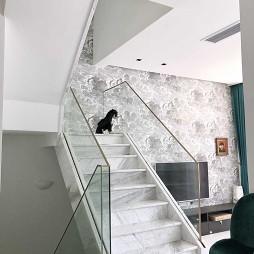 【世贸龙湾】别墅楼梯设计