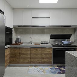 现代风厨房橱柜设计图
