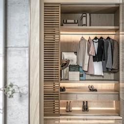 浪漫东方售楼处衣柜设计