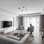 四居中式风客厅实景图片