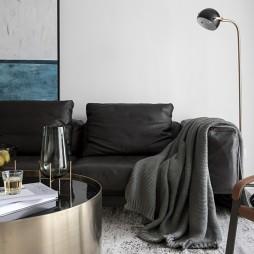 黑白系现代三居客厅落地灯图片