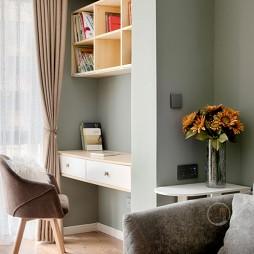 北欧混搭风客厅书桌设计