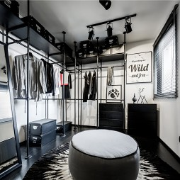 黑白灰工业风衣帽间设计图片