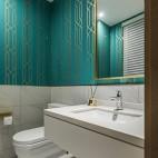 现代时尚风卫生间设计实景图