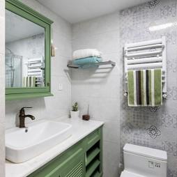 137平美式经典—卫生间图片