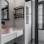 130平米現代簡約:衛生間圖片