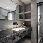 高级灰住宅里的一抹暖意—卫生间图片