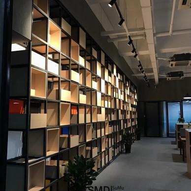 工业风办公室如此随性自在的工作氛围_3746721