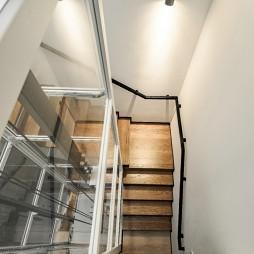 350平米北欧极简——楼梯图片