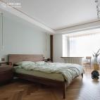 65平一居中式现代——卧室图片