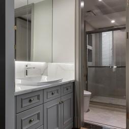 260平复式——卫生间图片