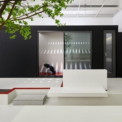 时间的形状:住藤空间门窗展厅设计