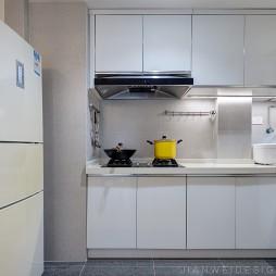 暖窝|干净的莫兰迪,让光洒满屋——厨房图片