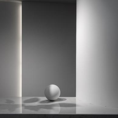 白色几何空间_1588476267_4131091