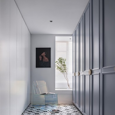 由入户衣帽间,进入一个画廊般的家_1593246172_4185135