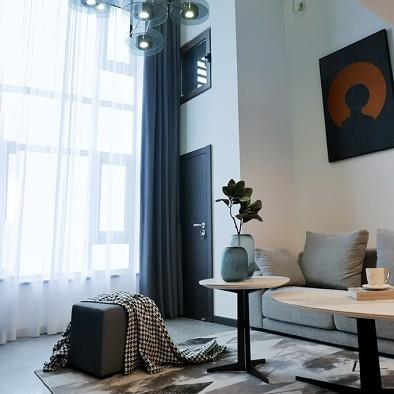 40 平米 黑白loft