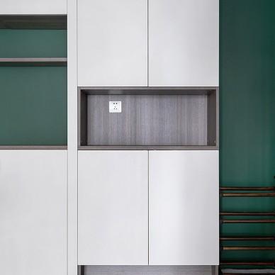 墨绿+白,轻奢气质打造复古简约美宅_1602210182_4281393